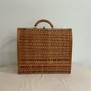 Vintage Woven Carrying Case